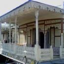 Houseboat Snow Goose